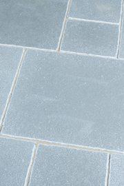 Terrassenplatte_Kalkstein_MALIA_Blaugrau
