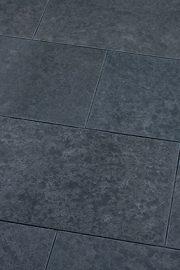 Terrassenplatten_Baslat_BANKOR_gestrahlt